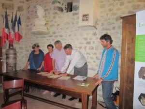 Signature de la convention entre la commune de La Charce (26), le Pnr des Baronnies provençales et la LPO Drôme